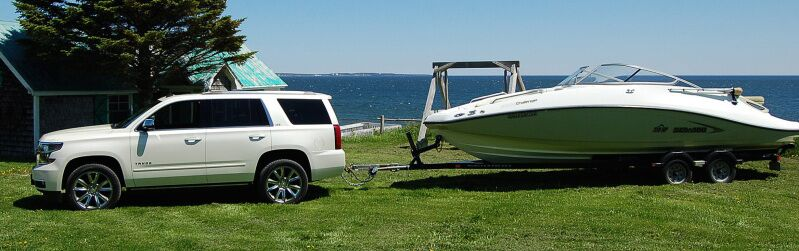 Chevy Tahoe Towing Capacity >> Chevy Tahoe Or Chevy Traverse Which Is Better