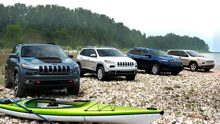 2015 Jeep Cherokee models exterior view