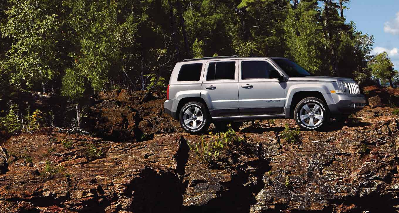 2016 jeep patriot small but still perfectly capable. Black Bedroom Furniture Sets. Home Design Ideas