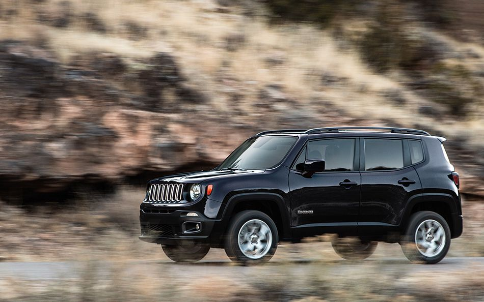 exploring each of the 2016 jeep renegade 39 s model options. Black Bedroom Furniture Sets. Home Design Ideas