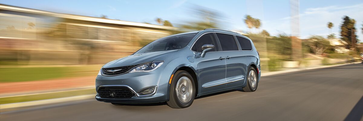 New Chrysler Pacifica Hybrid available at Miami Lakes Automall