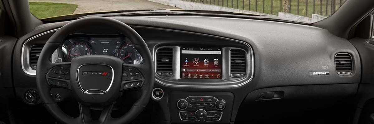2017 Dodge Charger Technology