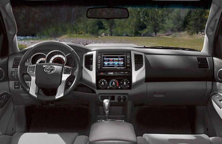 2015 toyota tacoma nissan frontier comparison truck pickup small midsize palo alto california