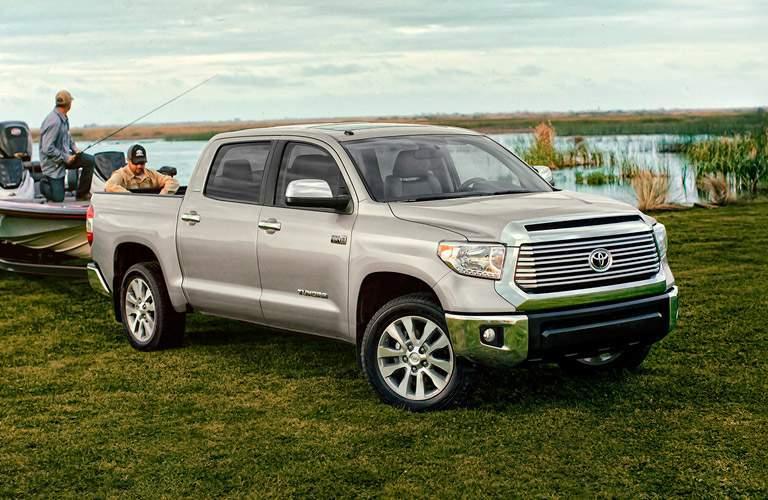 2017 Toyota Tundra towing capacity