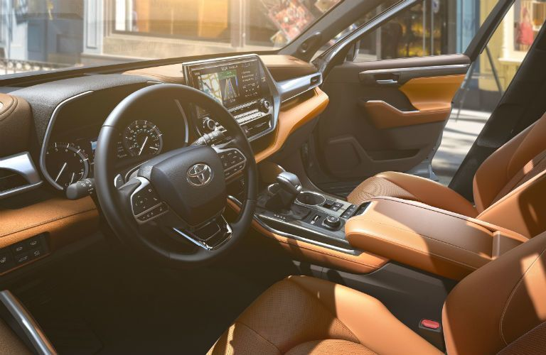 Front row of seating inside 2020 Toyota Highlander