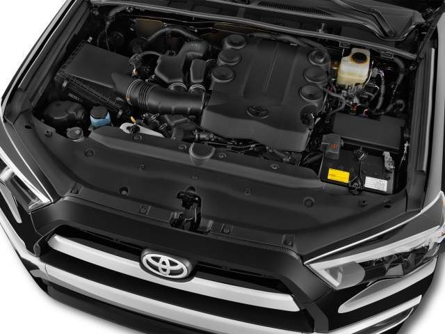2016 Toyota 4Runner Engine View