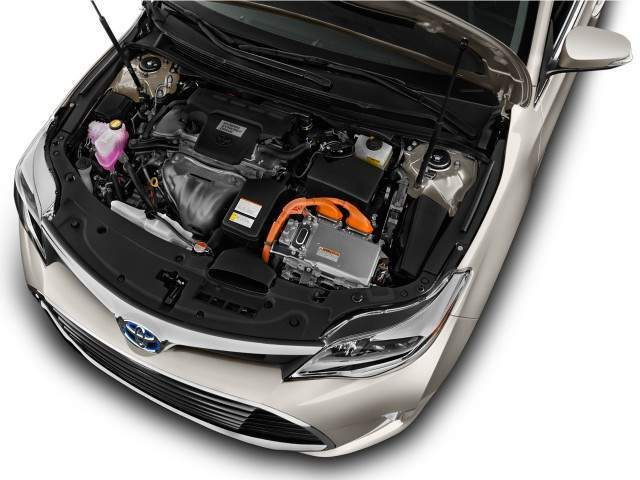 2016 Toyota Avalon Hybrid Engine View