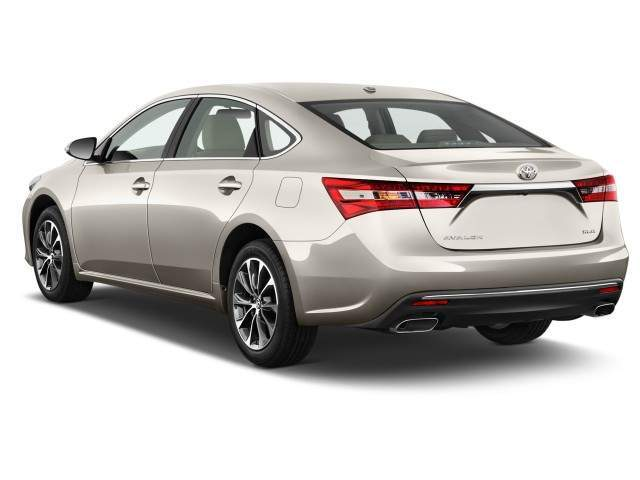 2016 Toyota Avalon Hybrid Rear View