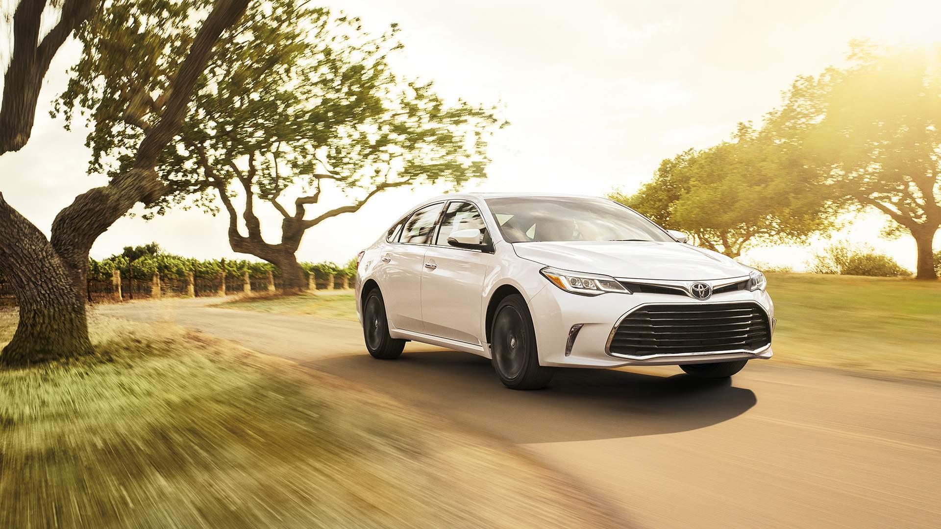 2017 Toyota Avalon Hybrid For Sale