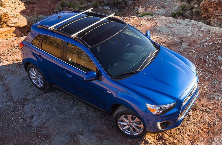 2016 Mazda CX-3 vs 2015 Mitsubishi Outlander Sport features tech