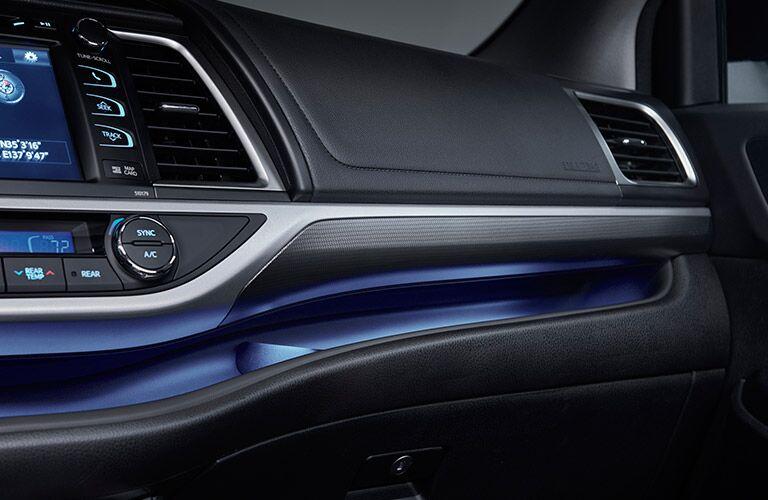 2017 Toyota Highlander illuminated Dash