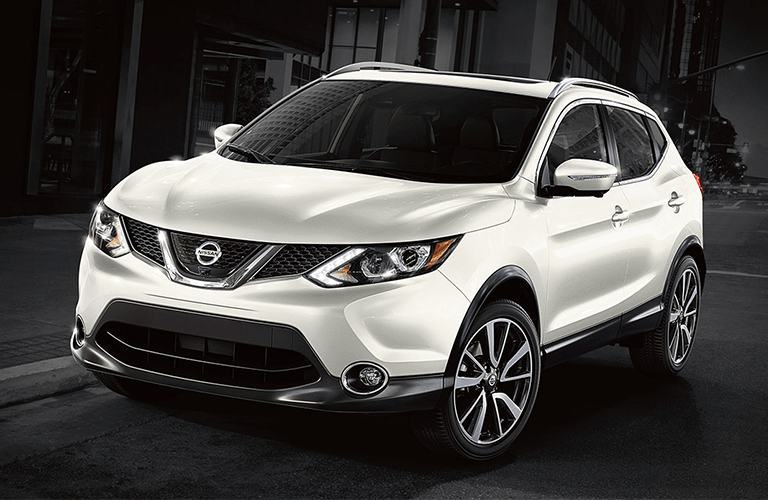 full view of the Nissan Rogue Sport