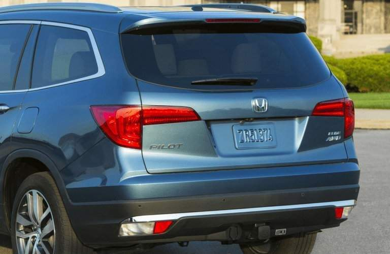view of the back of the 2018 Honda Pilot