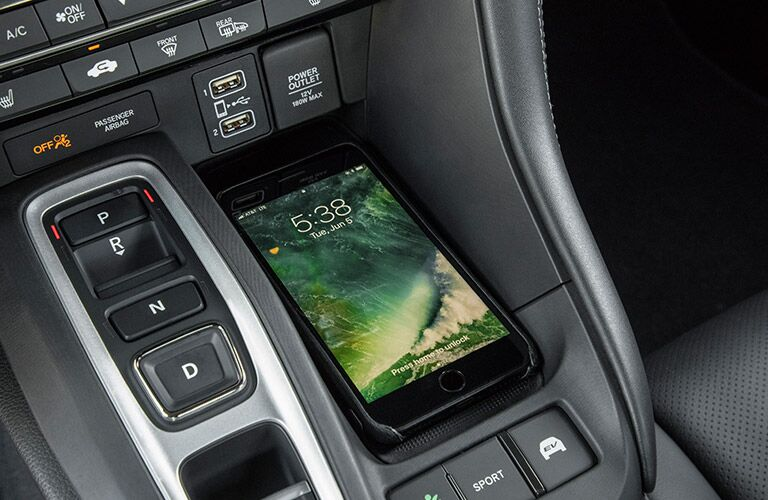 2019 Honda Insight interior smartphone charging pad