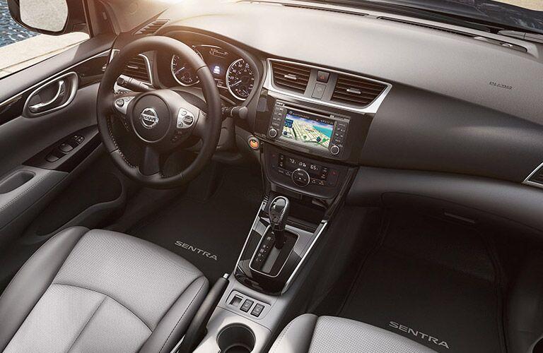 2016 Nissan Sentra SV vs SR standard features