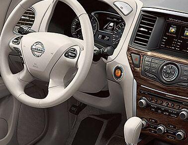 2014 Nissan Pathfinder Interior