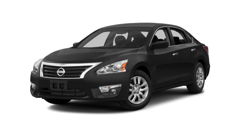 The 2014 Nissan Altima in Chicago IL is a great option for anyone looking for save time and money at the pump.