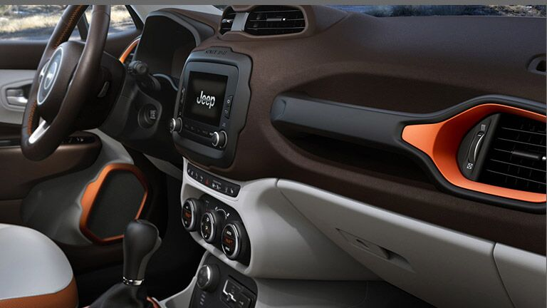 Used Jeep Renegade interior