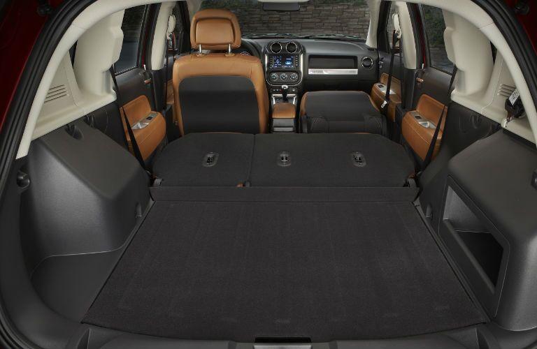2015-Jeep-Compass-cargo