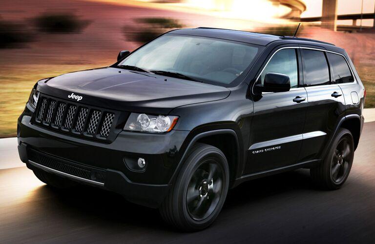 2015-Jeep-Grand-Cherokee-Black