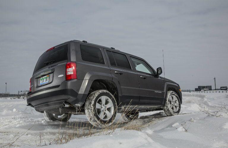 2016 Jeep Patriot Dark Gray Rear End