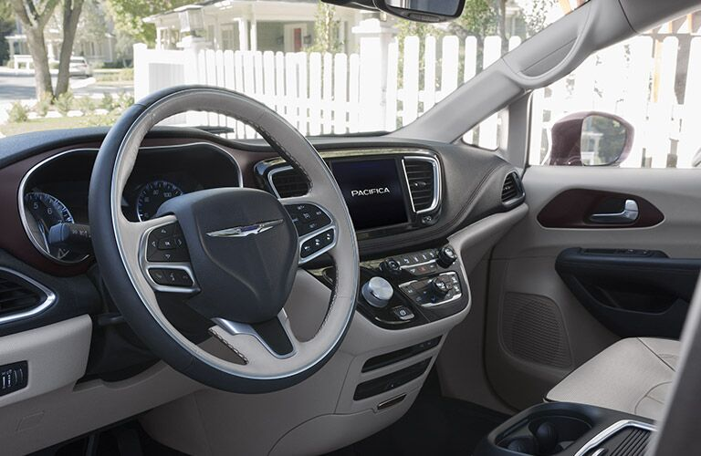 2017 Chrysler Pacifica Front Passenger Space