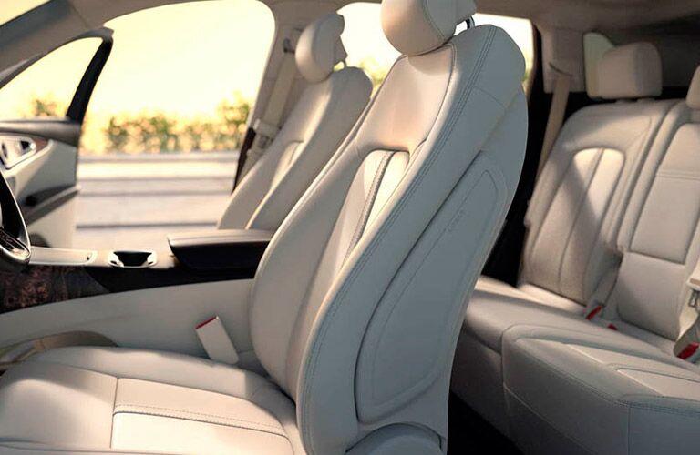 2016 Lincoln MKX interior front cabin_0