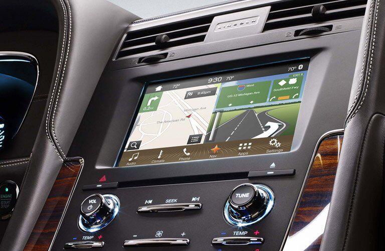 2017 Lincoln Navigator navigation system