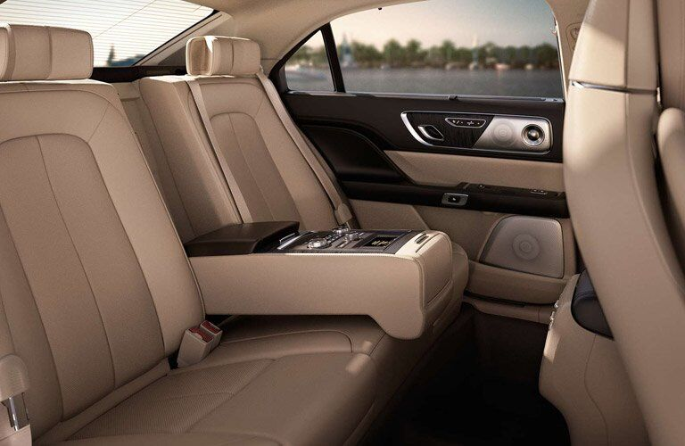 2017 Lincoln Continental rear seat luxury features
