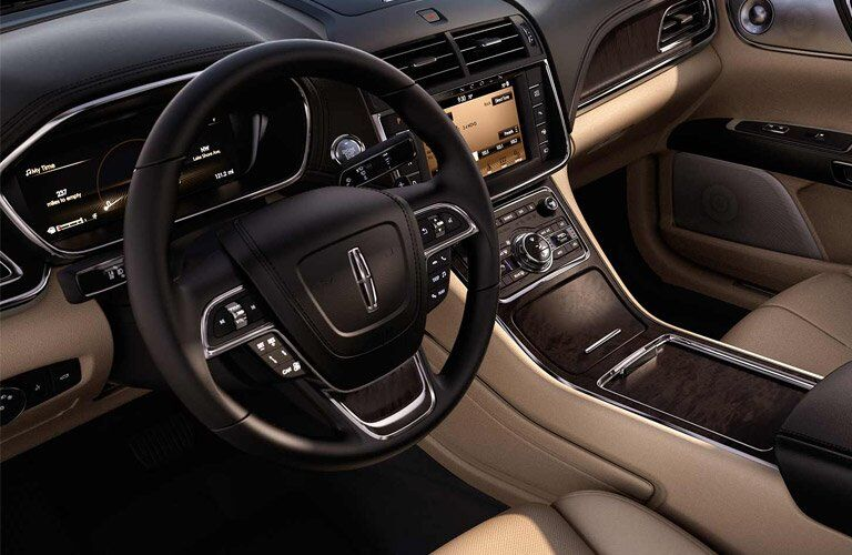 2017 Lincoln Continental technology features