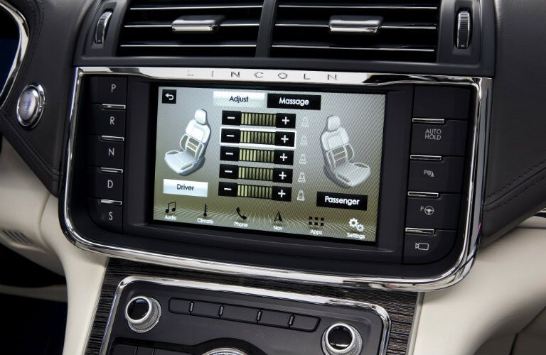 2017 Lincoln Continental touchscreen