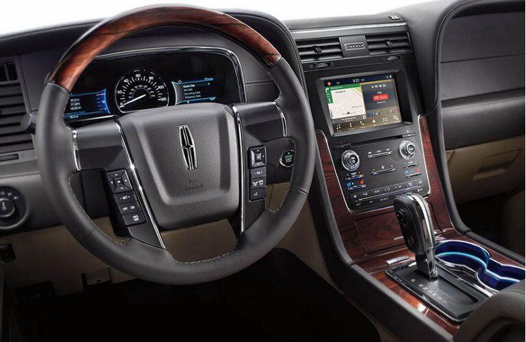 2016 Lincoln Navigator hp torque towing