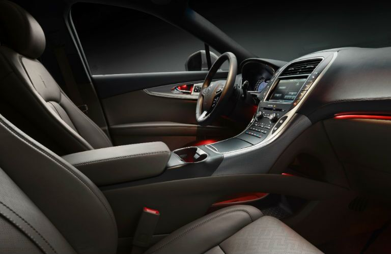 2016 Lincoln MKX interior features