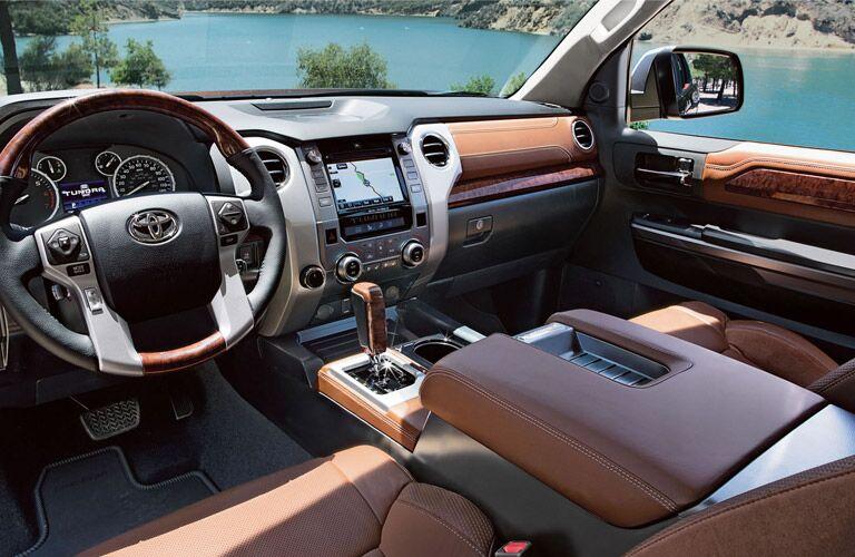 2016 toyota tundra interior dashboard touchscreen navigation