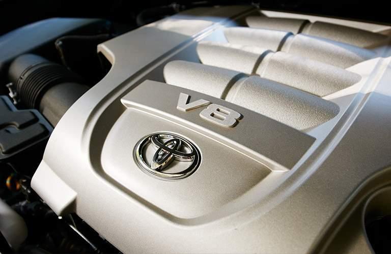 2018 Toyota Land Cruiser engine.