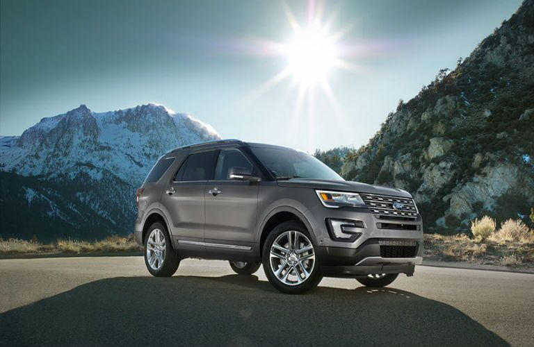 2017 ford explorer gray exterior