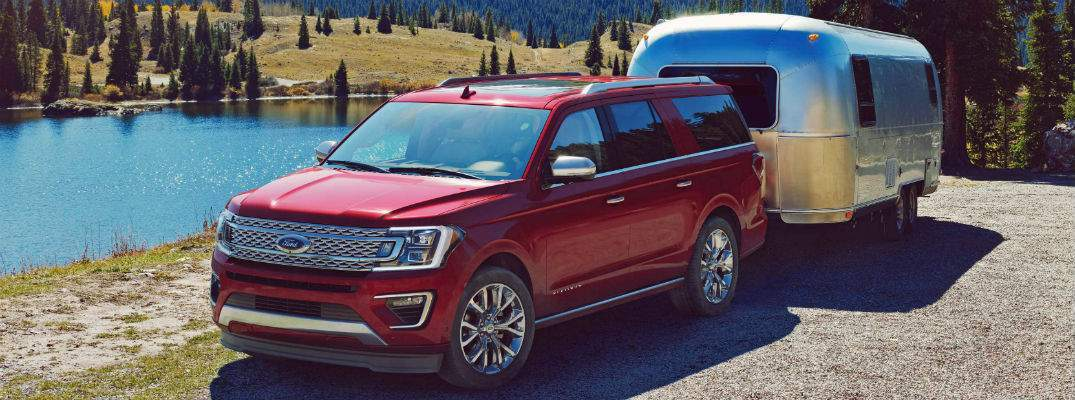 What engine options are in the 2018 Ford Expedition?