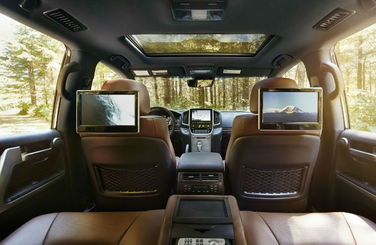 Luxury 2016 Toyota Land Cruiser Interior with Rear Entertainment System