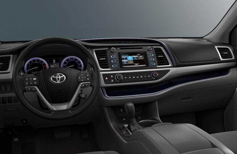 2018 Toyota Highlander steering wheel and dash.