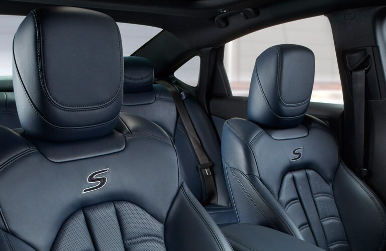 2016 Chrysler 200 interior color options