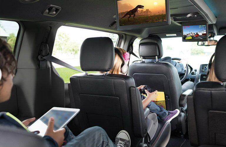 2016 Dodge Grand Caravan passenger capacity
