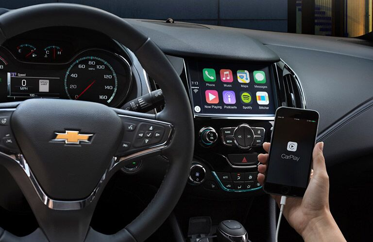 Chevy Cruze APple CarPlay Parks Chevrolet