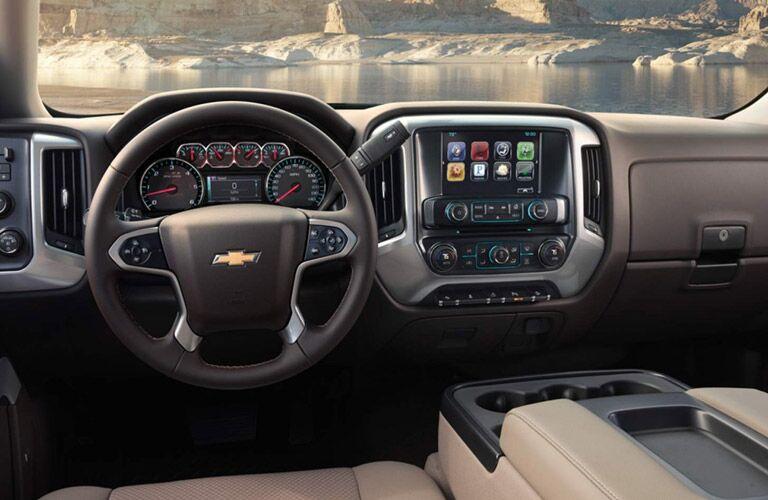2016 Chevy Silverado interior Parks Motors Wichita Augusta KS