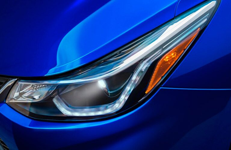 2017 chevy cruze headlight design