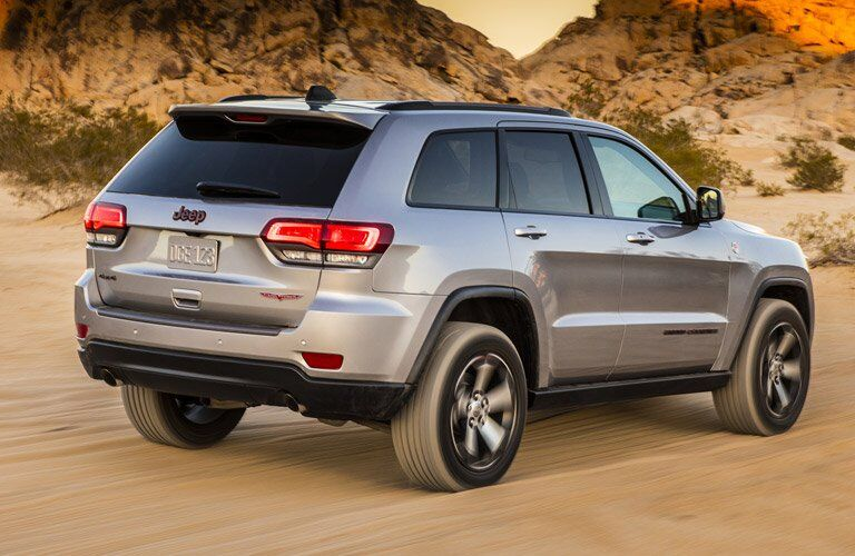 2017 jeep grand cherokee in silver