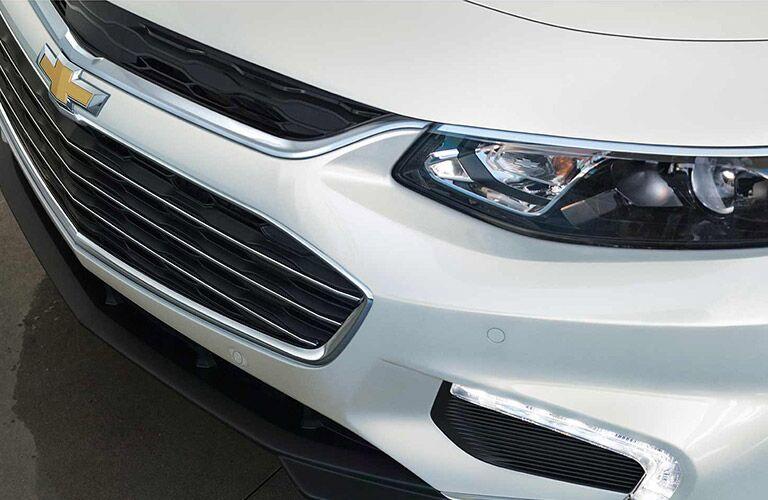 2017 malibu headlight and grille design