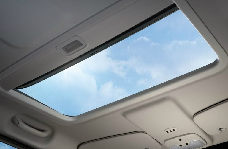 2017 jeep patriot with sunroof