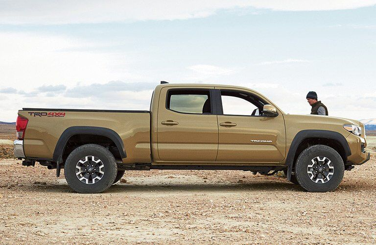 Side profile of 2017 Toyota Tacoma