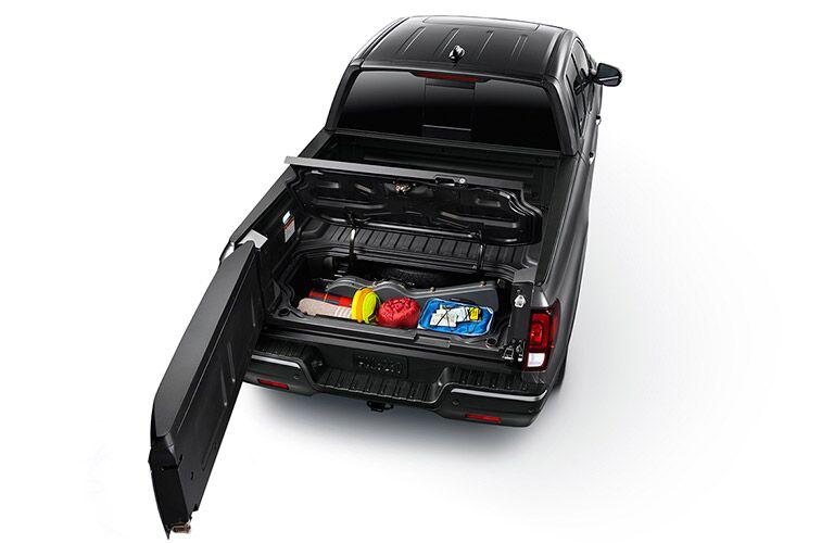 2017 Honda Ridgeline in-bed trunk capacity