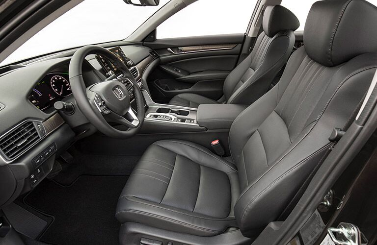 side view of the front passenger space in a 2018 Honda Accord Hybrid